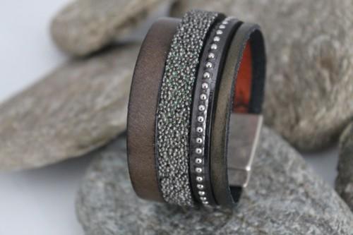 N°9 Lederen Armband Kakigroen