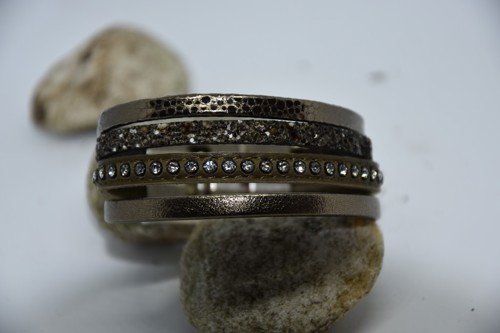 N°9 Lederen Armband Vintage Kakigroen met Swarovski