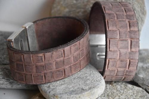 N°19 Lederen Armband Stoer Bruin