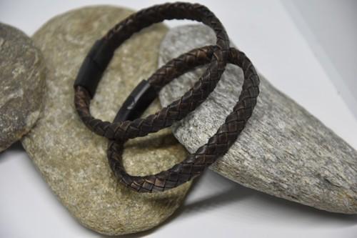 N°11 Lederen Armband . Niet meer voorradig